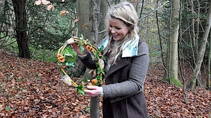Ellie Harrison Fronts Gloucestershire Wildlife Trusts' 12 Days of Christmas